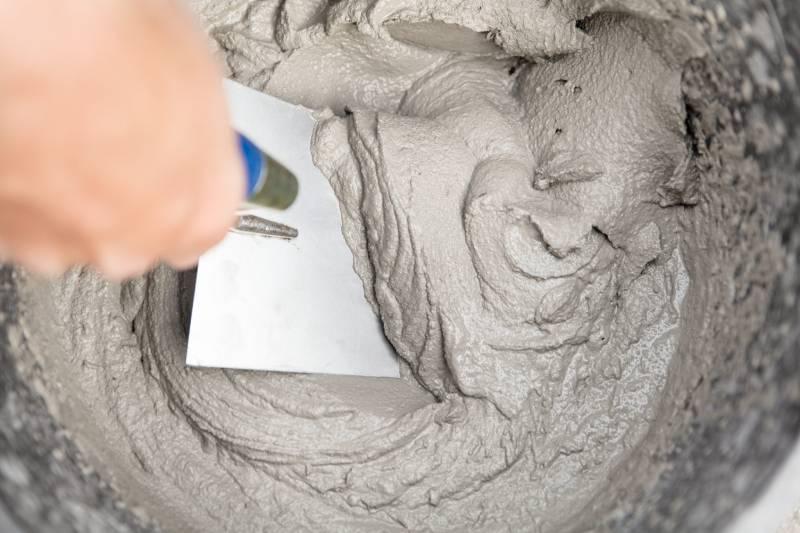 Можно ли добавлять клей ПВА в шпатлевку или цементный раствор